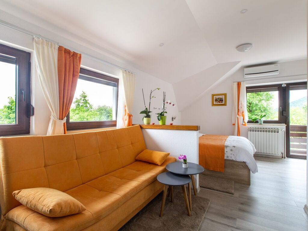 Ferienwohnung Boutique-Wohnung in Seliate Dre~niko mit Garten (2785227), Dreznik Grad, , Mittelkroatien, Kroatien, Bild 2