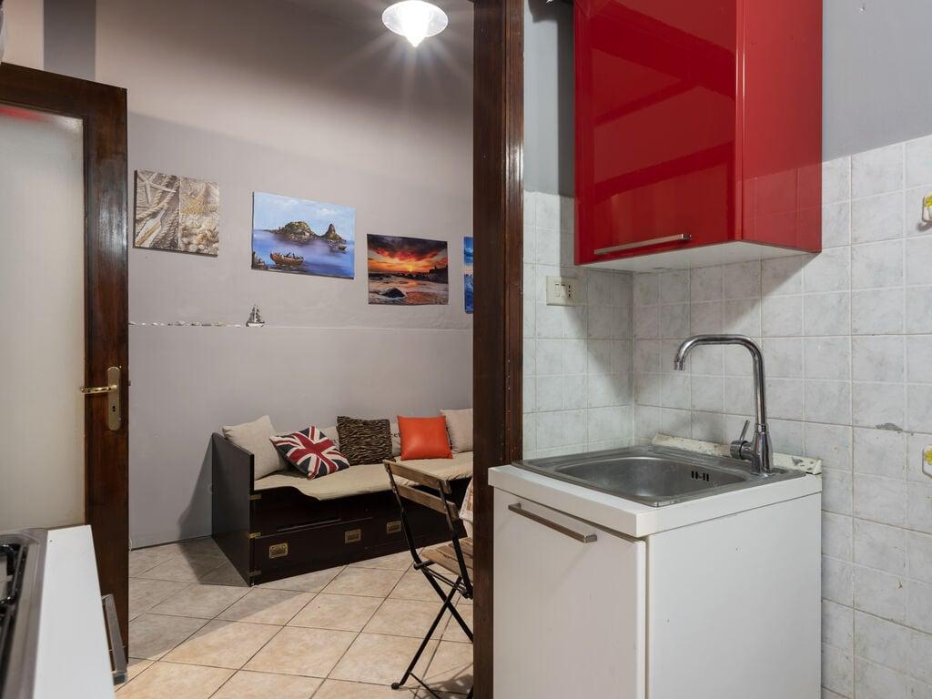 Maison de vacances appartamentino centrale ad acitrezza (2753185), Aci Castello, Catania, Sicile, Italie, image 12