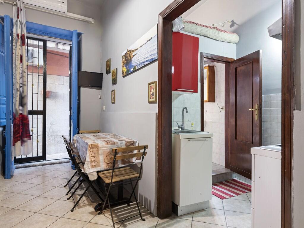 Maison de vacances appartamentino centrale ad acitrezza (2753185), Aci Castello, Catania, Sicile, Italie, image 8