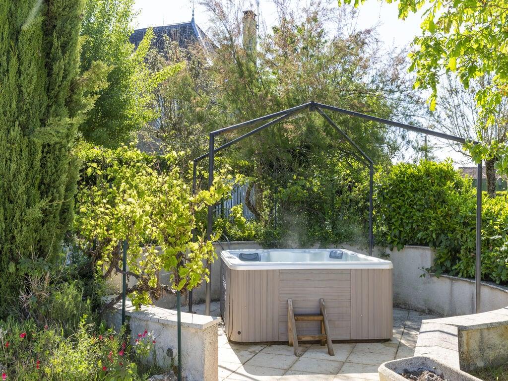 Ferienhaus Gemütliche Unterkunft in Dégagnac mit beheiztem Pool und Whirlpool (2790914), Salviac, Lot, Midi-Pyrénées, Frankreich, Bild 11