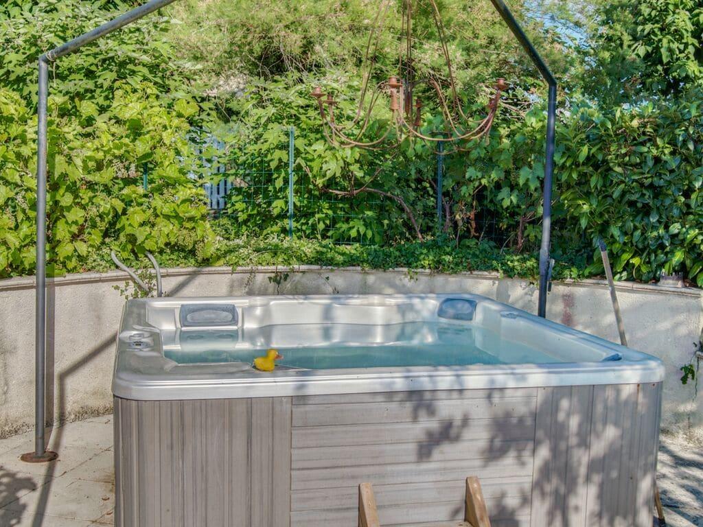 Ferienhaus Gemütliches Ferienhaus in Dégagnac mit beheiztem Pool und Whirlpool (2791007), Salviac, Lot, Midi-Pyrénées, Frankreich, Bild 39