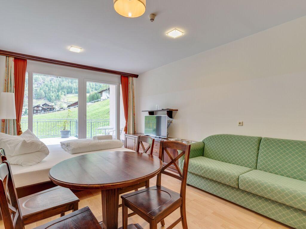 Ferienwohnung Elegante Wohnung in Zwieselstein mit Garten (2808846), Sölden (AT), Ötztal, Tirol, Österreich, Bild 3