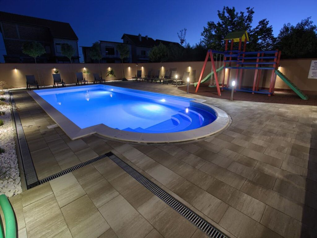 Ferienhaus Geräumiges Ferienhaus mit Swimmingpool in Vukovar (2809008), Vukovar, , Slawonien, Kroatien, Bild 39