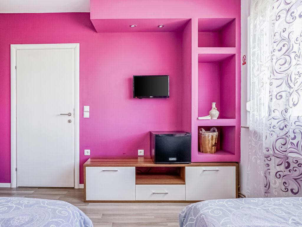 Ferienhaus Geräumiges Ferienhaus mit Swimmingpool in Vukovar (2809008), Vukovar, , Slawonien, Kroatien, Bild 13