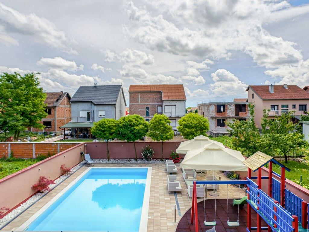 Ferienhaus Geräumiges Ferienhaus mit Swimmingpool in Vukovar (2809008), Vukovar, , Slawonien, Kroatien, Bild 38