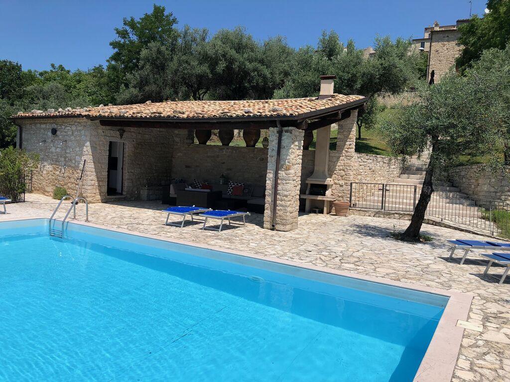 Ferienwohnung Wunderschönes Herrenhaus in Ripabottoni mit Swimmingpool (2808950), Campolieto, Campobasso, Molise, Italien, Bild 11