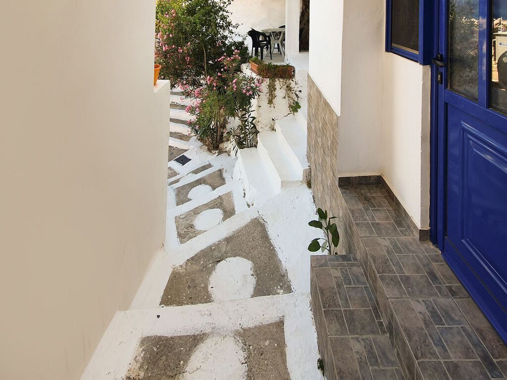 Holiday apartment Anmutige Wohnung in Therma mit Balkon (2820131), Aj. Kirykos, Ikaria, Dodecanes Islands, Greece, picture 9