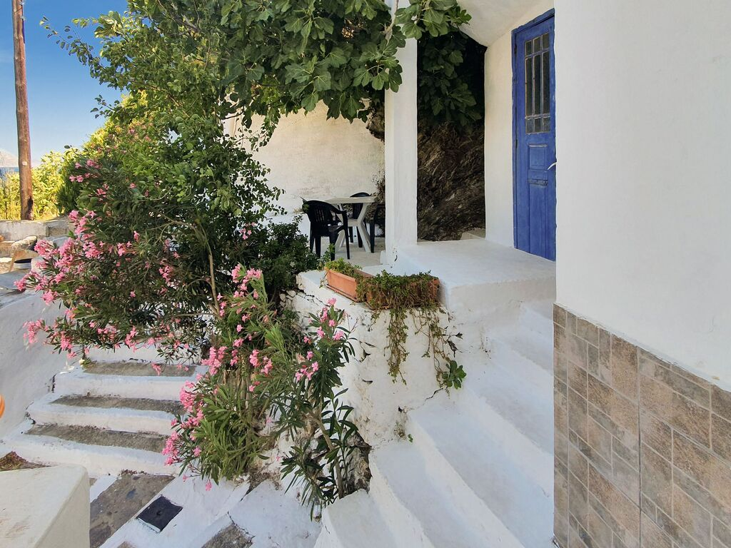 Holiday apartment Einladende Wohnung in Therma mit Balkon (2820144), Aj. Kirykos, Ikaria, Dodecanes Islands, Greece, picture 7