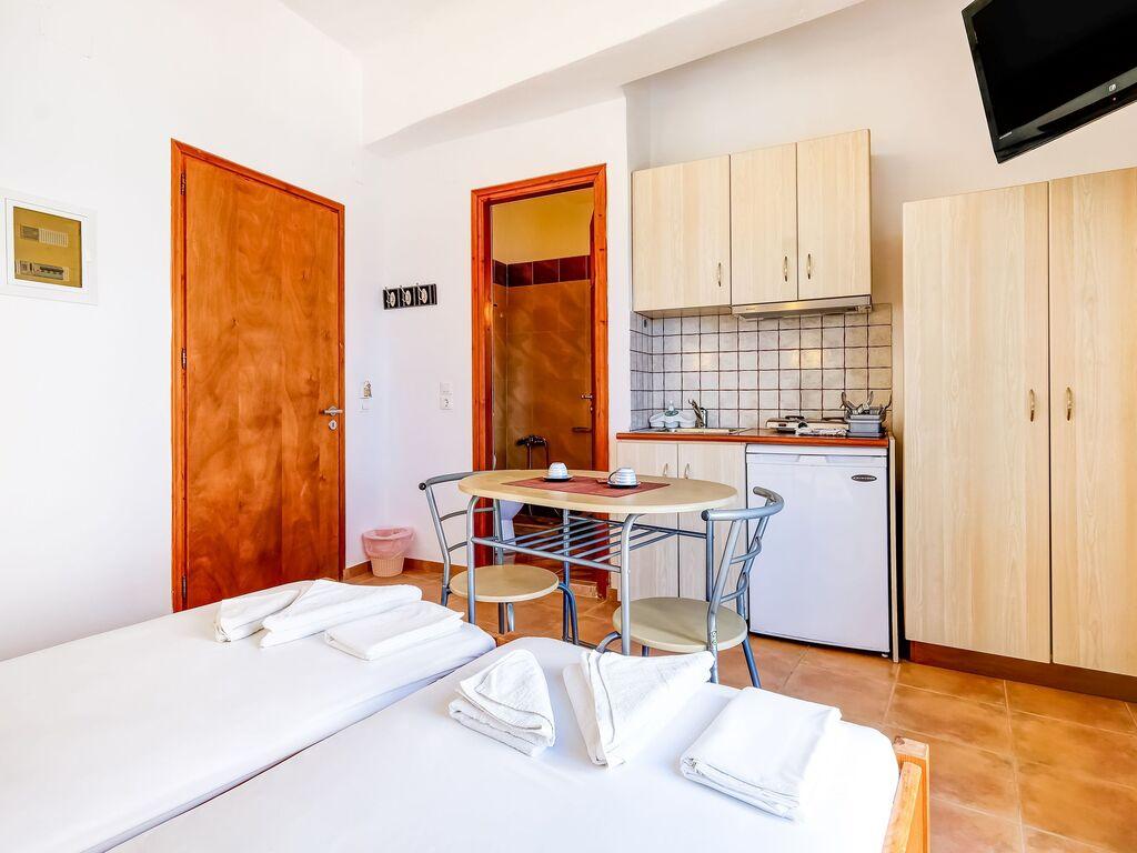Holiday apartment Einladende Wohnung in Therma mit Balkon (2820144), Aj. Kirykos, Ikaria, Dodecanes Islands, Greece, picture 9