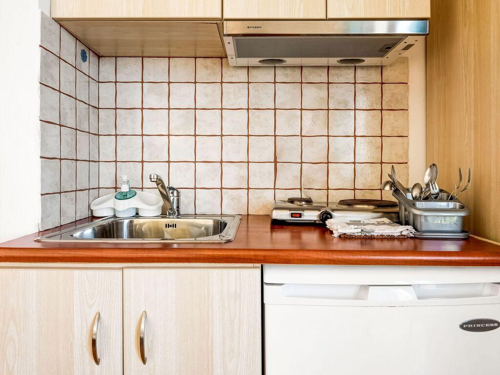 Holiday apartment Einladende Wohnung in Therma mit Balkon (2820144), Aj. Kirykos, Ikaria, Dodecanes Islands, Greece, picture 10
