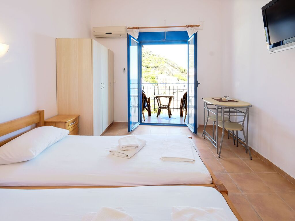 Holiday apartment Himmlische Wohnung in Therma mit Balkon (2820140), Aj. Kirykos, Ikaria, Dodecanes Islands, Greece, picture 15