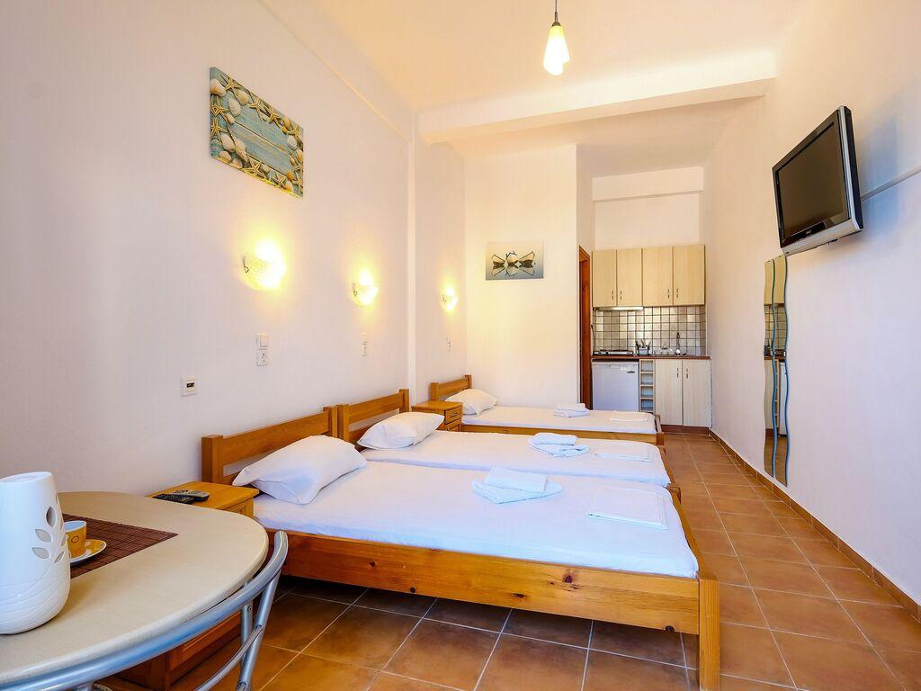Holiday apartment Verträumte Wohnung in Therma in der Nähe von Strand (2820123), Aj. Kirykos, Ikaria, Dodecanes Islands, Greece, picture 8