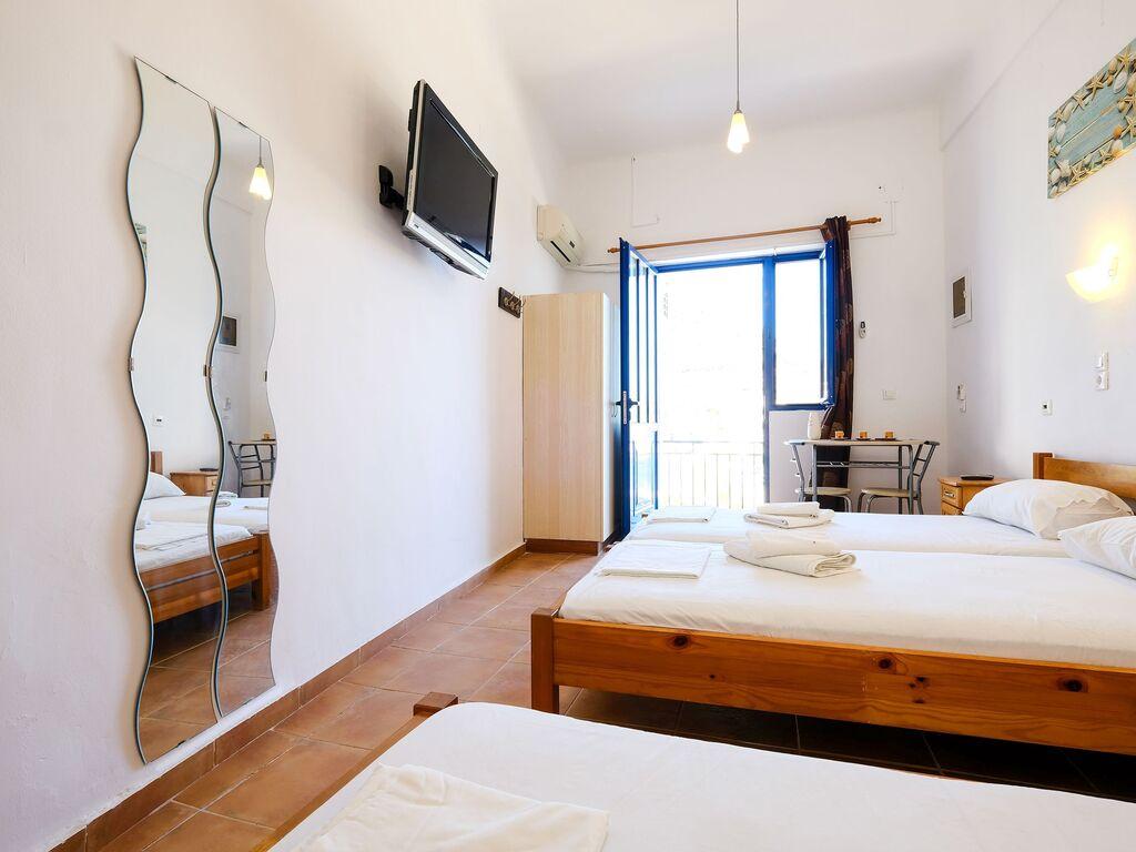 Holiday apartment Verträumte Wohnung in Therma in der Nähe von Strand (2820123), Aj. Kirykos, Ikaria, Dodecanes Islands, Greece, picture 3