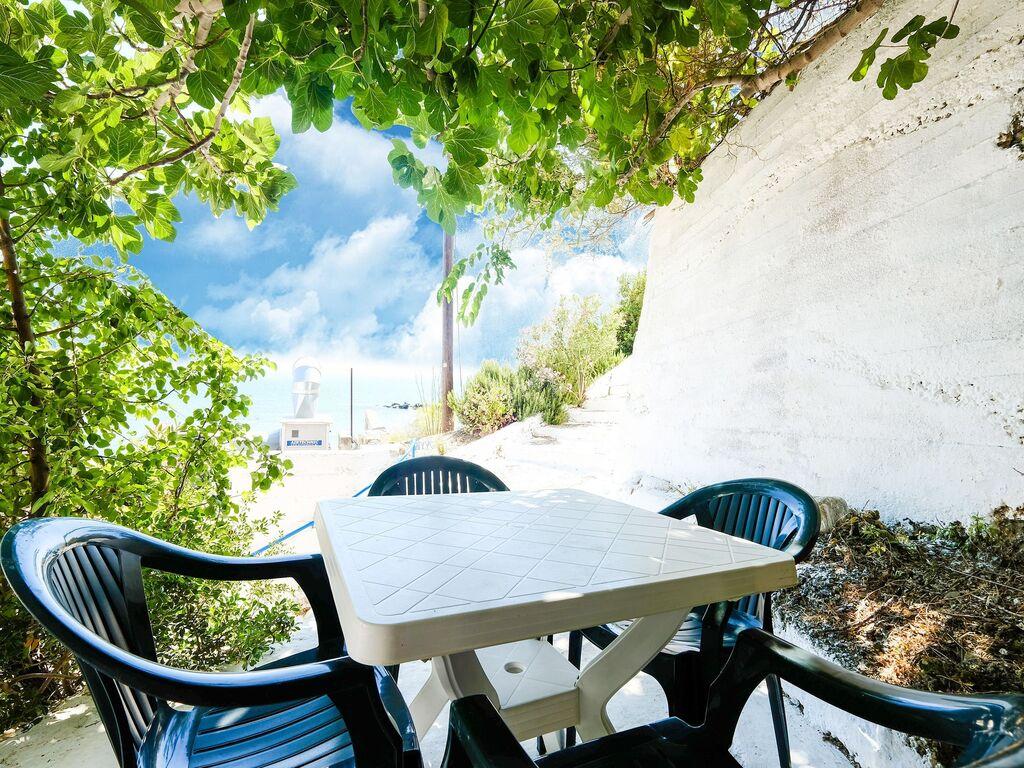 Holiday apartment Verträumte Wohnung in Therma in der Nähe von Strand (2820123), Aj. Kirykos, Ikaria, Dodecanes Islands, Greece, picture 2