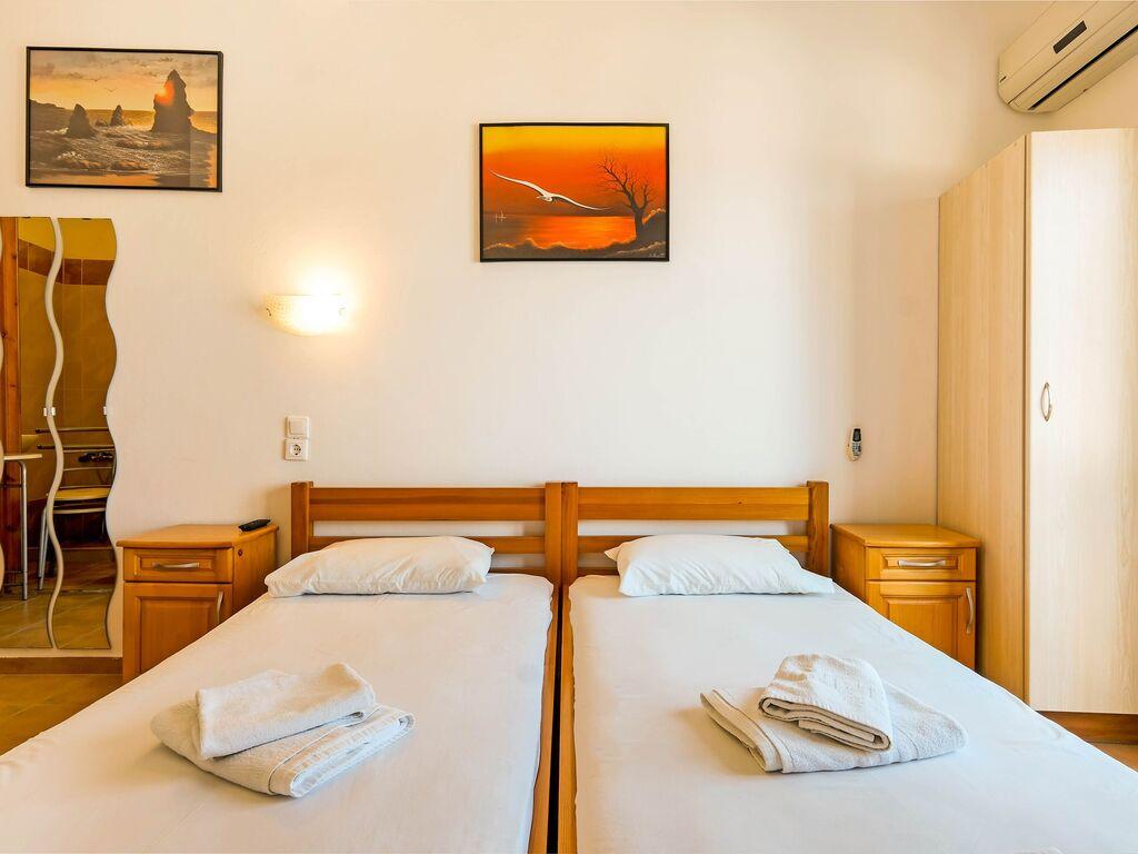 Holiday apartment Herrliche Wohnung in Therma mit Balkon (2820125), Aj. Kirykos, Ikaria, Dodecanes Islands, Greece, picture 12