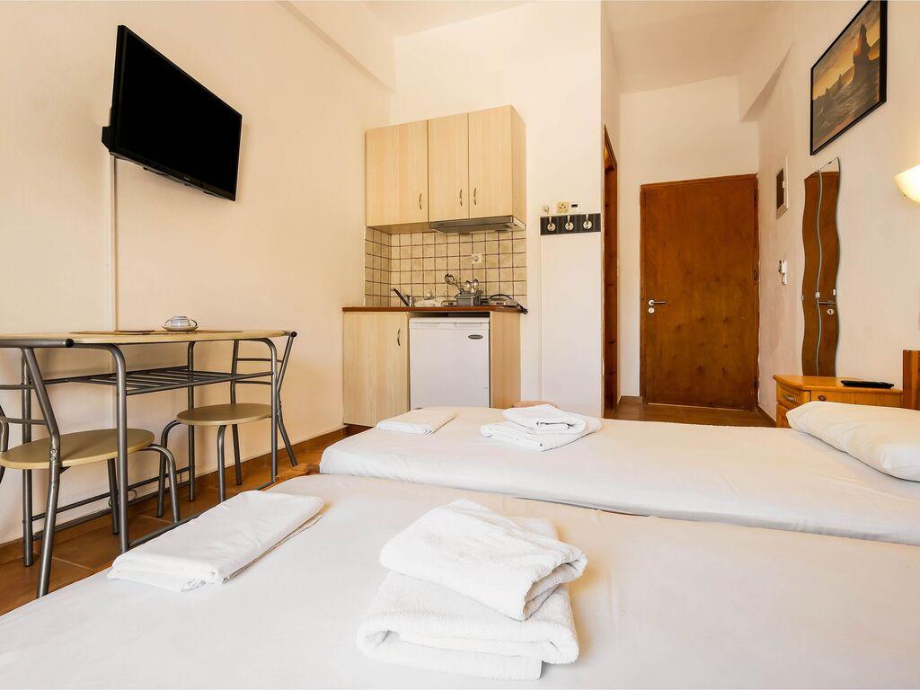 Holiday apartment Herrliche Wohnung in Therma mit Balkon (2820125), Aj. Kirykos, Ikaria, Dodecanes Islands, Greece, picture 15