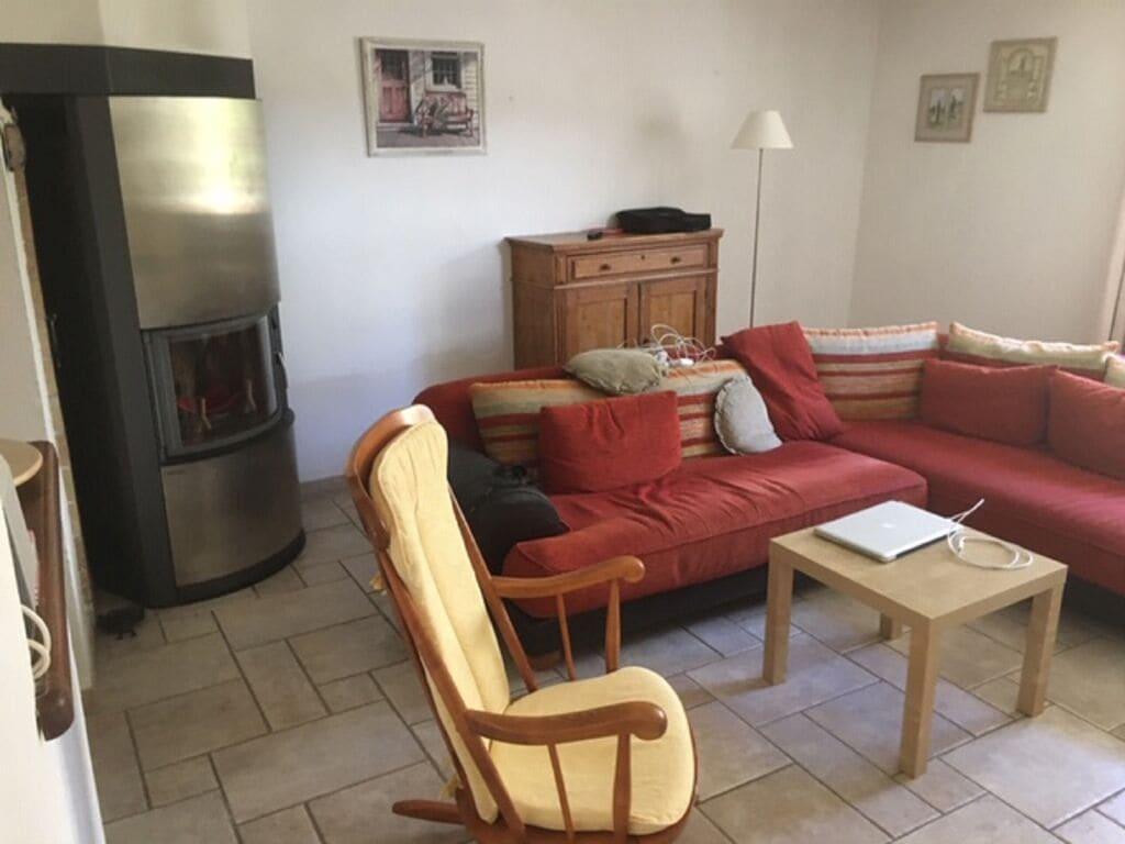 Ferienhaus Gemütliches Ferienhaus in Saint-Laurent-de-Carnols mit Balkon (2847277), Bagnols sur Cèze, Gard Binnenland, Languedoc-Roussillon, Frankreich, Bild 2