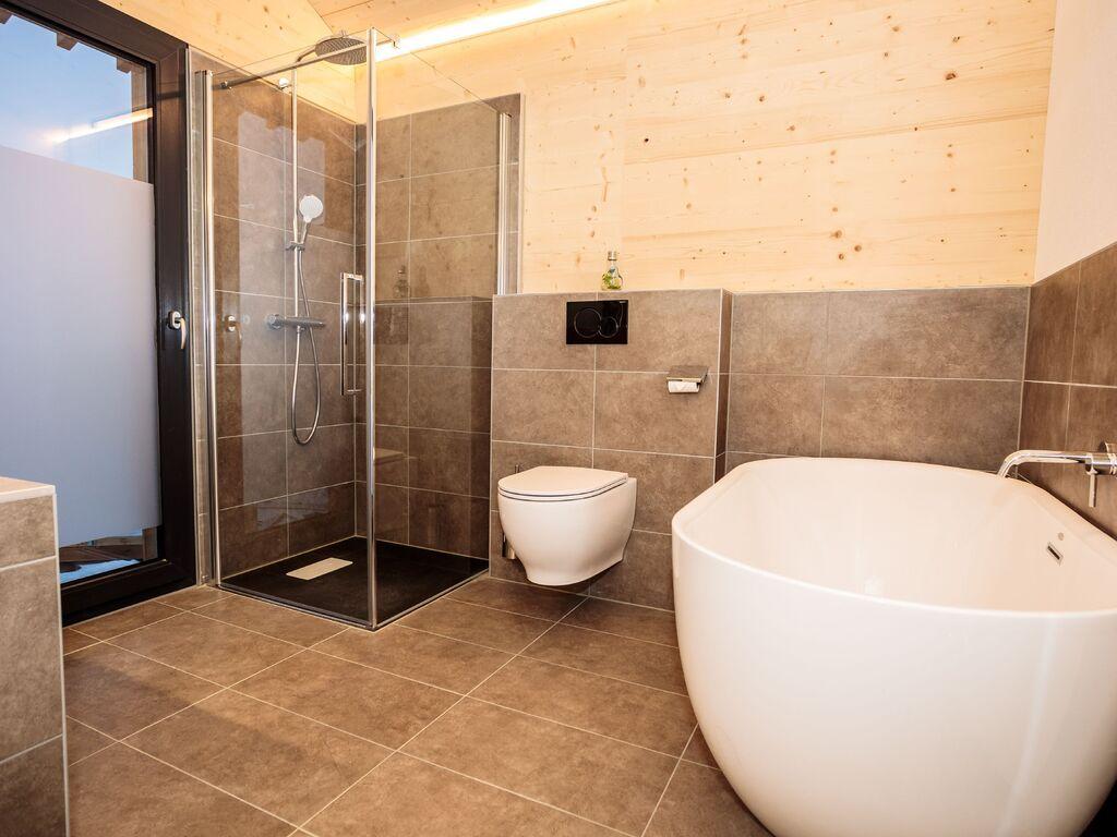 Ferienhaus Luxus-Chalet mit Swimmingpool und Sauna, Skilift auf 500 m (2833341), Haus, Schladming-Dachstein, Steiermark, Österreich, Bild 13