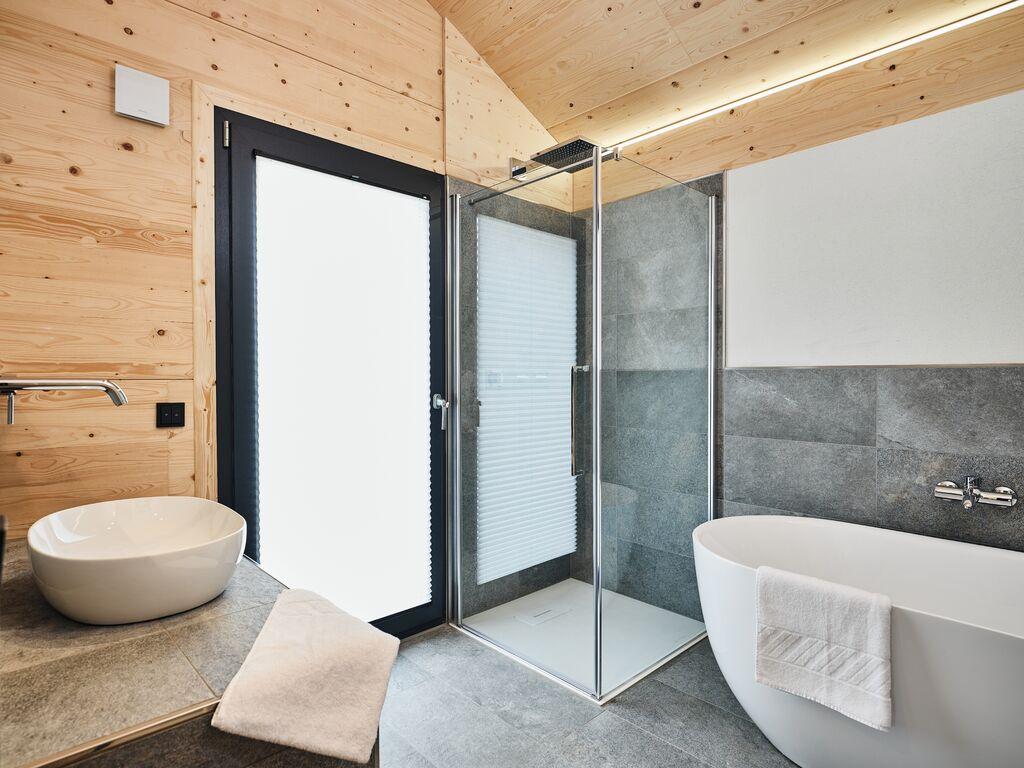 Ferienhaus Luxus-Chalet mit Swimmingpool und Sauna, Skilift auf 500 m (2833341), Haus, Schladming-Dachstein, Steiermark, Österreich, Bild 14