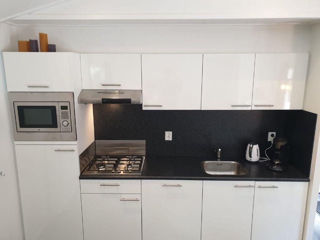 Ferienhaus Attraktives Chalet mit Klimaanlage an der Veluwe (2838357), Woeste hoeve, Veluwe, Gelderland, Niederlande, Bild 4