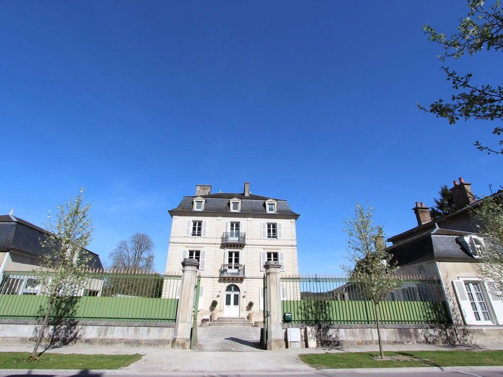 Ferienhaus Traditionelles Schloss in Bar-sur-Seine in Flussnähe (2838880), Bar sur Seine, Aube, Champagne-Ardennen, Frankreich, Bild 1