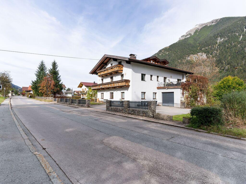 Ferienwohnung Attraktive Wohnung mit gemeinsamer Sauna in Bichlbach (2835408), Bichlbach, Tiroler Zugspitz Arena, Tirol, Österreich, Bild 6