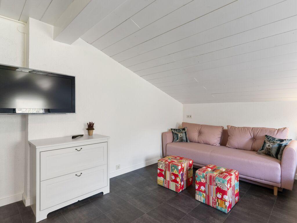 Ferienwohnung Gemütliche Wohnung mit gemeinsamer Sauna in Bichlbach (2835432), Bichlbach, Tiroler Zugspitz Arena, Tirol, Österreich, Bild 2