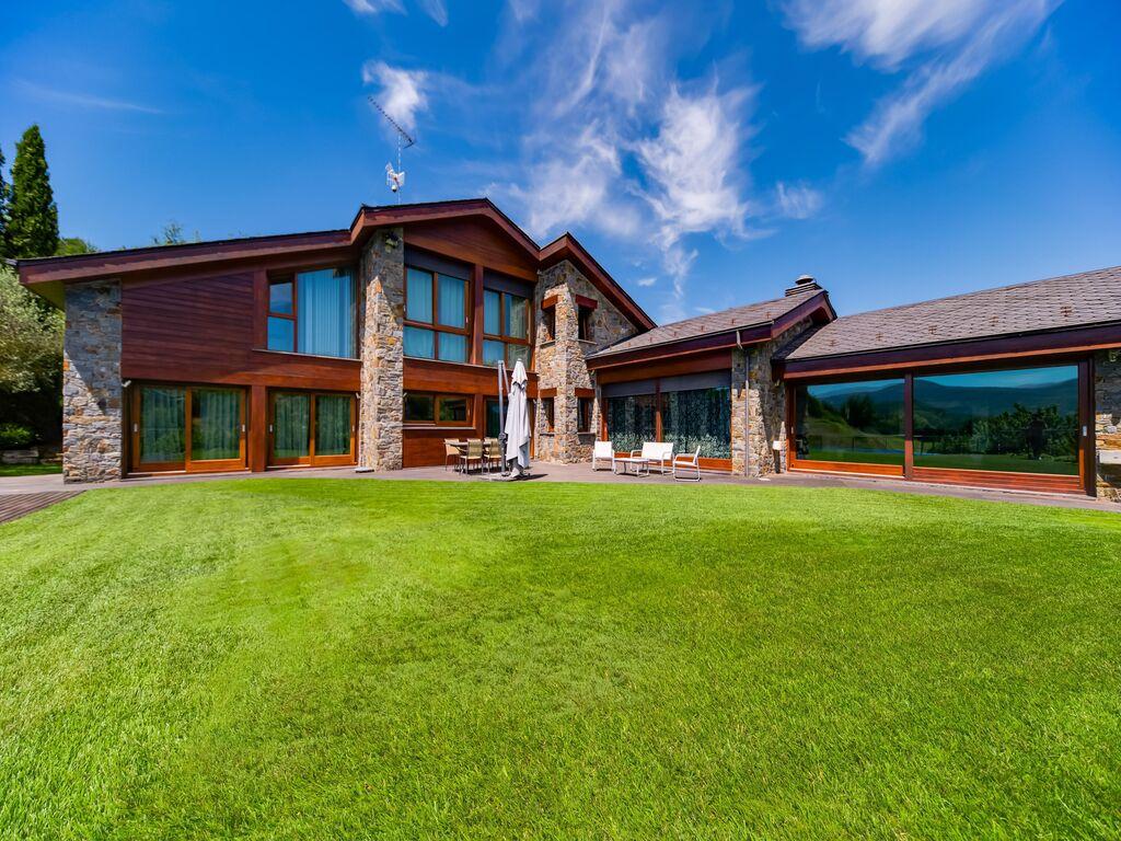 Ferienhaus Hervorragendes Ferienhaus in Aravell mit privatem Pool (2847313), Aravell, Lleida, Katalonien, Spanien, Bild 1