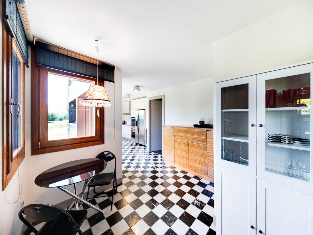 Ferienhaus Hervorragendes Ferienhaus in Aravell mit privatem Pool (2847313), Aravell, Lleida, Katalonien, Spanien, Bild 12