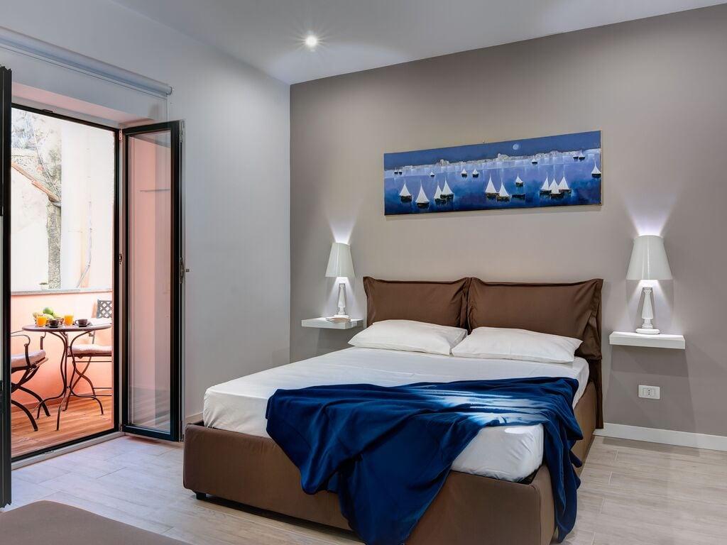 Ferienwohnung Schöne Wohnung in Sorrent mit Balkon (2851254), Sorrento (IT), Amalfiküste, Kampanien, Italien, Bild 4