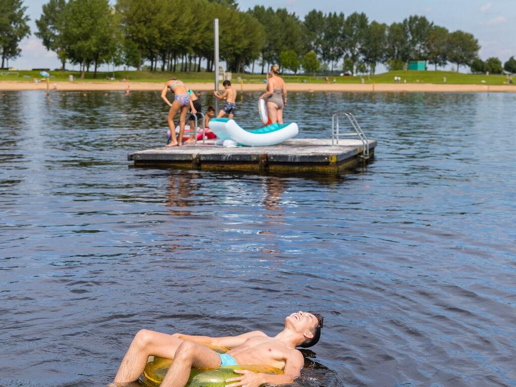 Ferienhaus Gemütliches Chalet mit Geschirrspüler, in der Nähe eines Sees (2870016), Maurik, Rivierenland, Gelderland, Niederlande, Bild 28