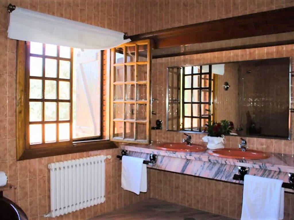 Ferienhaus Traditionelle Villa in O Val, Narón mit Pool (2877677), Baltar, Rias Altas, Galicien, Spanien, Bild 16