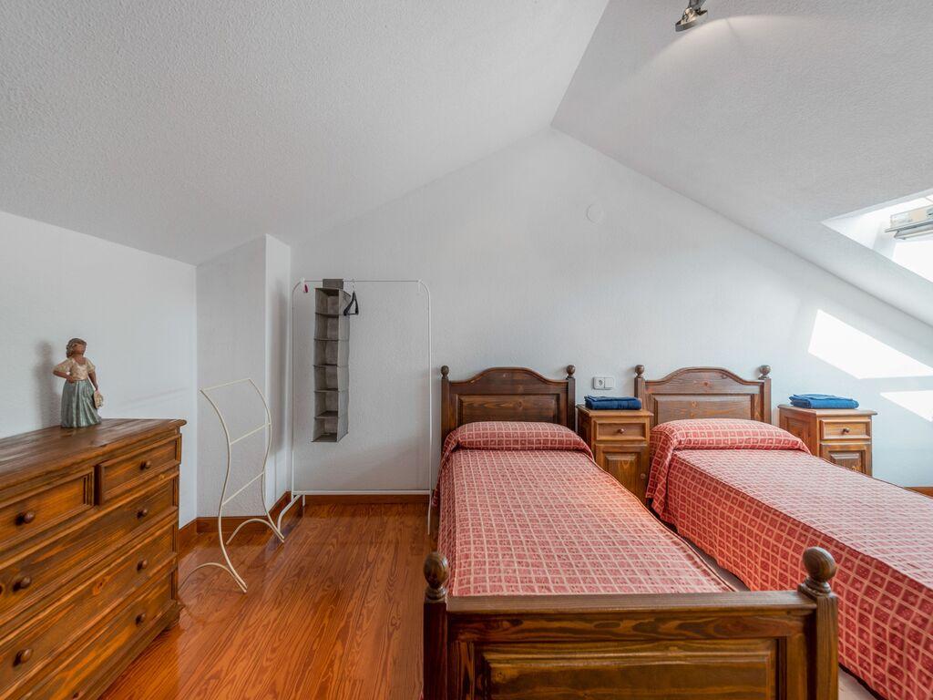 Ferienhaus Schönes Ferienhaus in Loredo, 2 gehMinuten vom Strand mit Gemeinschaftspool! (2876269), Loredo, Costa de Cantabria, Kantabrien, Spanien, Bild 24