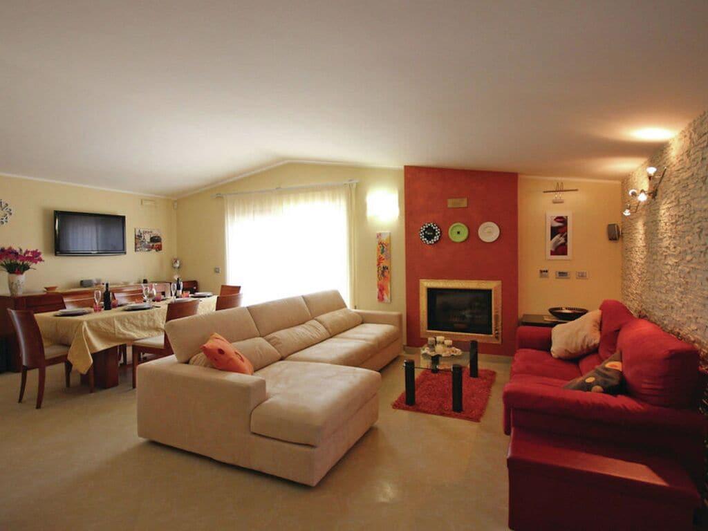Ferienhaus Einladendes Ferienhaus in Melissano mit Swimmingpool (2889344), Collepasso, Lecce, Apulien, Italien, Bild 4
