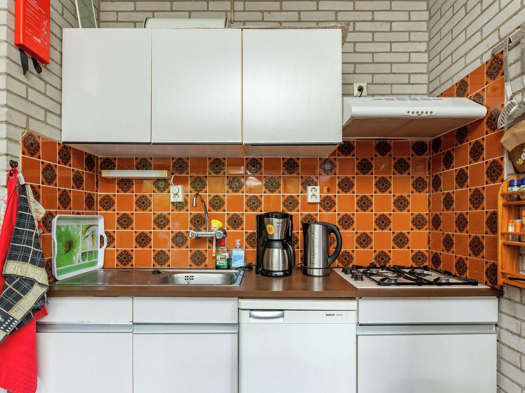 Ferienhaus Idyllisches Ferienhaus im Kamperland mit Garten (61462), Stroodorp, , Seeland, Niederlande, Bild 4