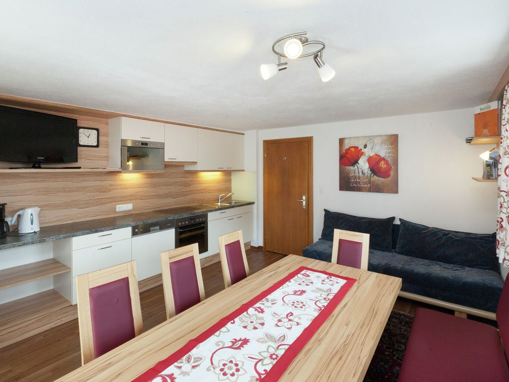 Ferienwohnung Sonniges Apartment mit Infrarot-Sauna in Kappl (258608), Kappl, Paznaun - Ischgl, Tirol, Österreich, Bild 4