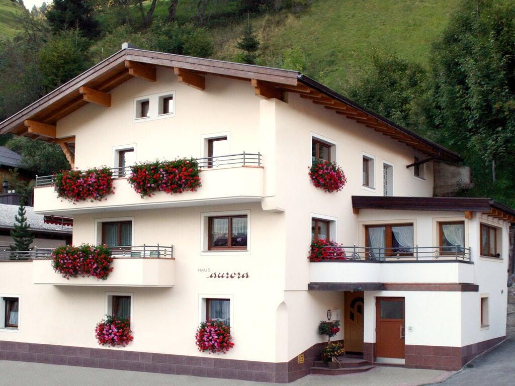 Ferienwohnung Sonniges Apartment mit Infrarot-Sauna in Kappl (258608), Kappl, Paznaun - Ischgl, Tirol, Österreich, Bild 1