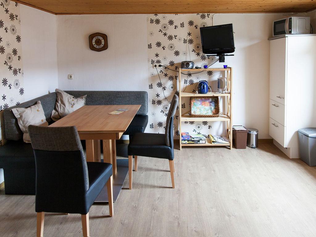 Ferienwohnung Ruhiges Apartment in Ernst mit Garten (255246), Bruttig-Fankel, Mosel, Lothringen, Deutschland, Bild 9