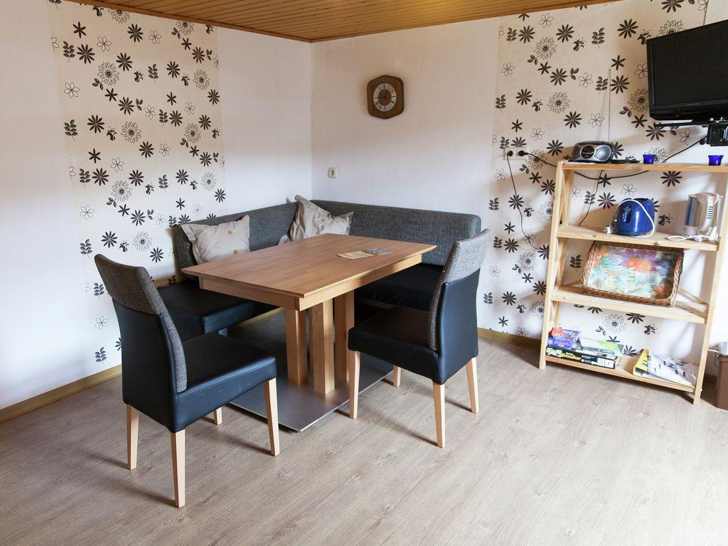 Ferienwohnung Ruhiges Apartment in Ernst mit Garten (255246), Bruttig-Fankel, Mosel, Lothringen, Deutschland, Bild 3