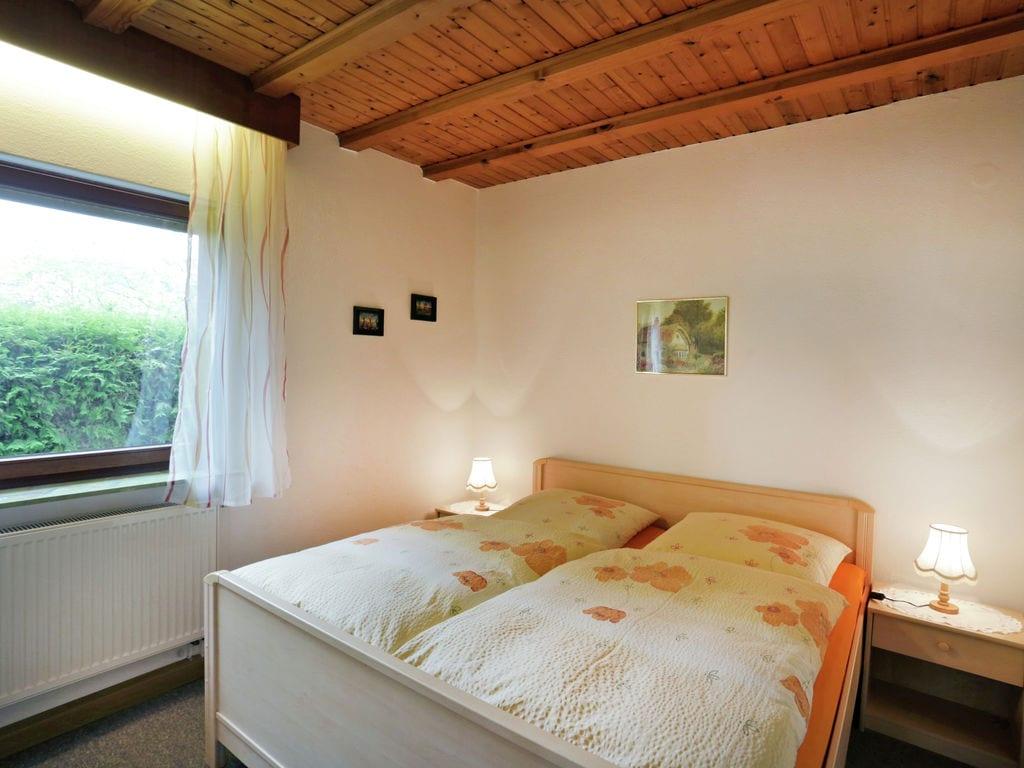 Ferienwohnung Geräumiges Appartement im Armsfeld (Hessen) mit Sauna (254975), Bad Wildungen, Waldecker Land, Hessen, Deutschland, Bild 12