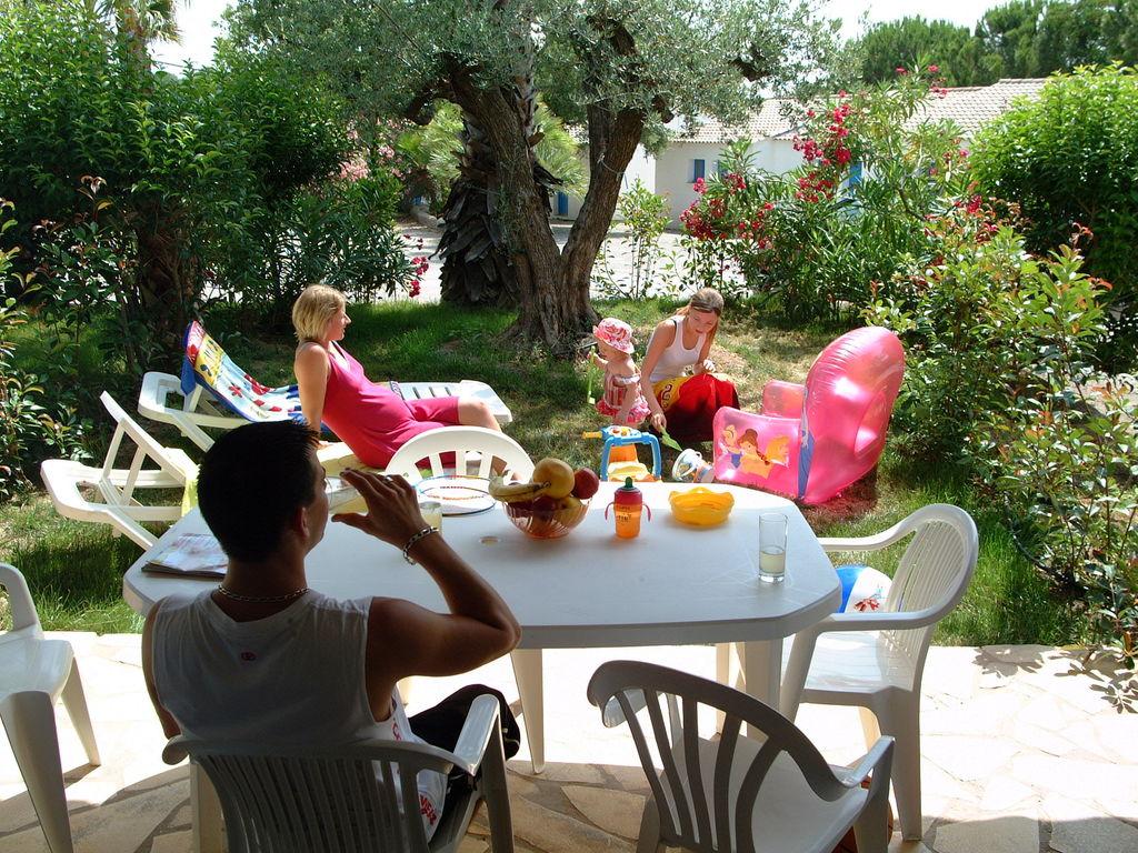 Ferienhaus Gepflegter Bungalow mit Kombi-Mikrowelle, Strand in 5 km. (256265), Fréjus, Côte d'Azur, Provence - Alpen - Côte d'Azur, Frankreich, Bild 5