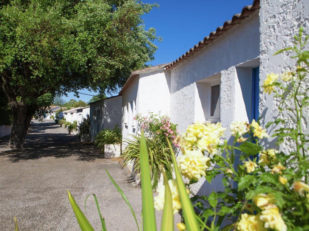 Ferienhaus Gepflegter Bungalow mit Kombi-Mikrowelle, Strand in 5 km. (256265), Fréjus, Côte d'Azur, Provence - Alpen - Côte d'Azur, Frankreich, Bild 4