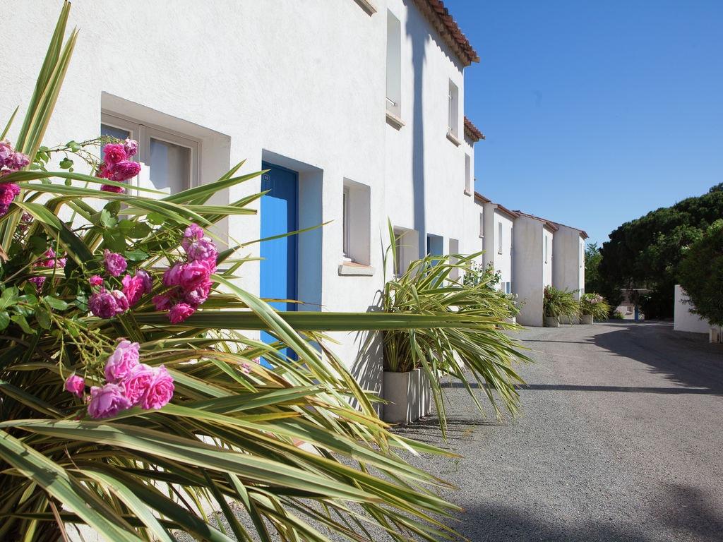Ferienhaus Gepflegter Bungalow mit Kombi-Mikrowelle, Strand in 5 km. (256265), Fréjus, Côte d'Azur, Provence - Alpen - Côte d'Azur, Frankreich, Bild 1
