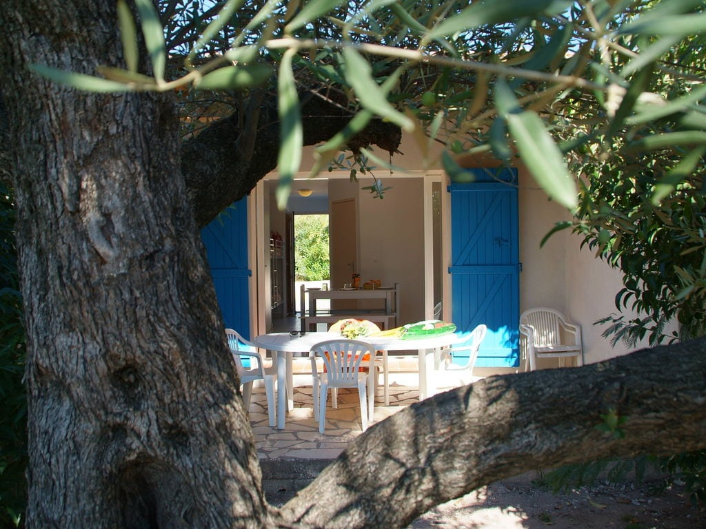 Ferienhaus Gepflegter Bungalow mit Kombi-Mikrowelle, Strand in 5 km. (256265), Fréjus, Côte d'Azur, Provence - Alpen - Côte d'Azur, Frankreich, Bild 10