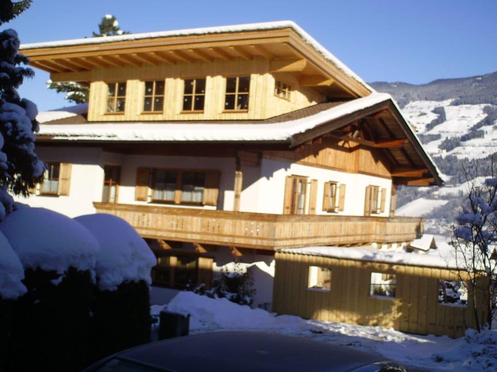 Ferienwohnung Luxuriöse Ferienwohnung in Fügen nahe dem Skigebiet (253742), Hochfügen, Zillertal, Tirol, Österreich, Bild 1