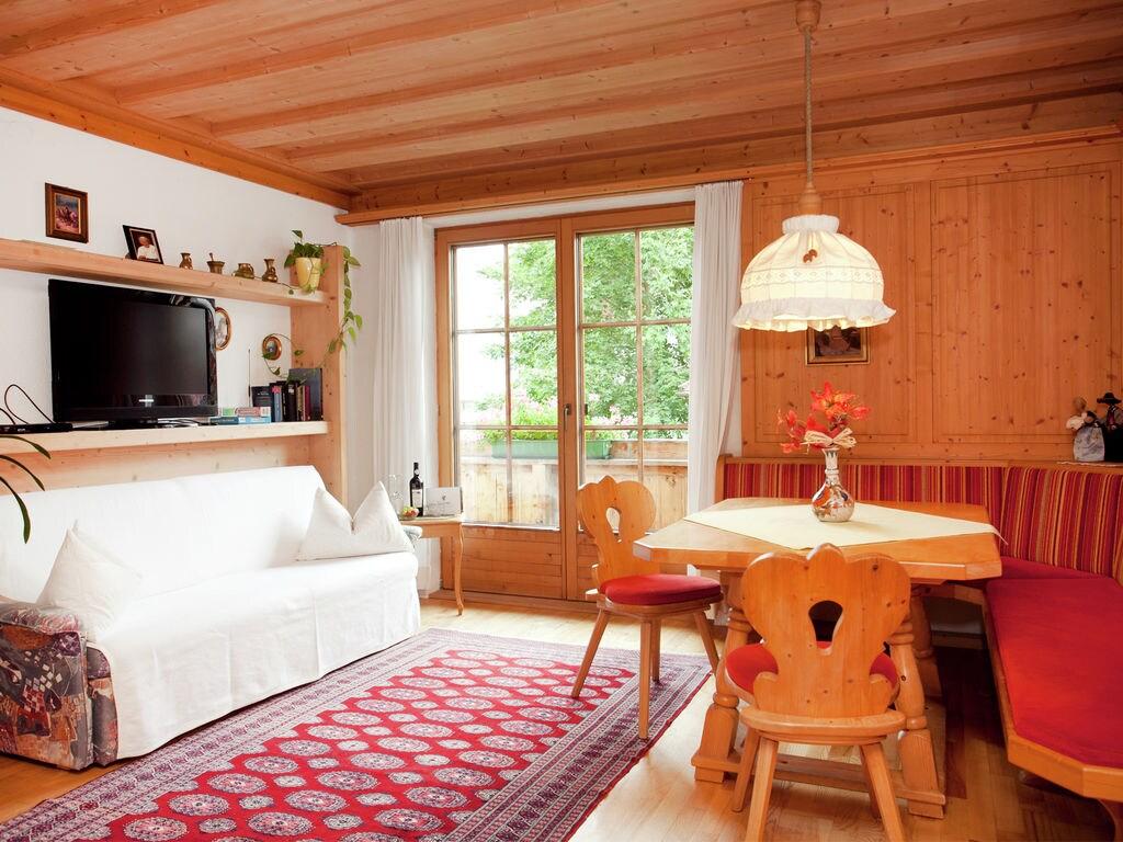 Ferienwohnung Luxuriöse Ferienwohnung in Fügen nahe dem Skigebiet (253742), Hochfügen, Zillertal, Tirol, Österreich, Bild 2