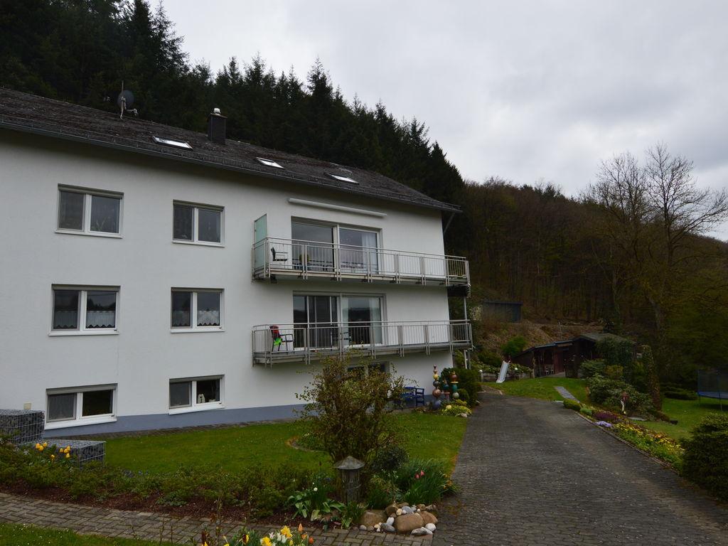 Ferienwohnung Ein geräumiges und gepflegtes Ferienhaus am Fuße des Schwarzer Mannes. (255185), Bleialf, Südeifel, Rheinland-Pfalz, Deutschland, Bild 3