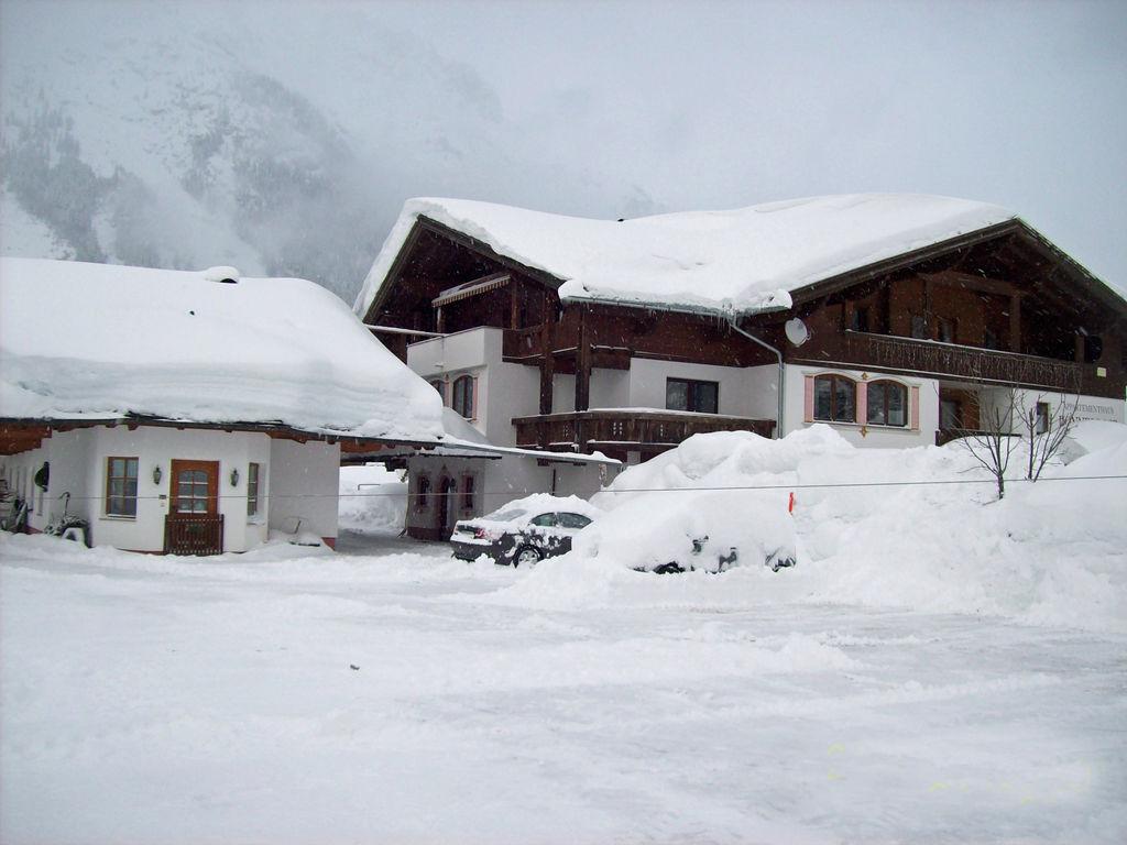 Ferienwohnung Großzügige Wohnung mitten in der Natur und nahe vieler Wintersportmöglichkeiten (253692), Leutasch, Seefeld, Tirol, Österreich, Bild 6