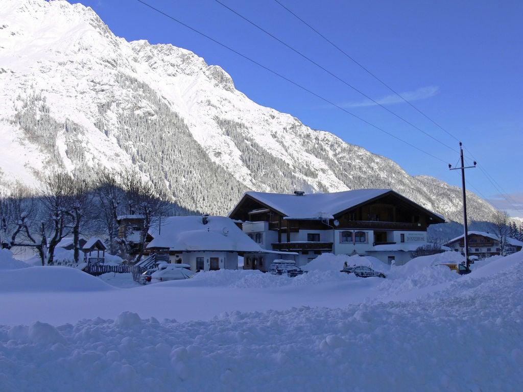 Ferienwohnung Großzügige Wohnung mitten in der Natur und nahe vieler Wintersportmöglichkeiten (253692), Leutasch, Seefeld, Tirol, Österreich, Bild 8