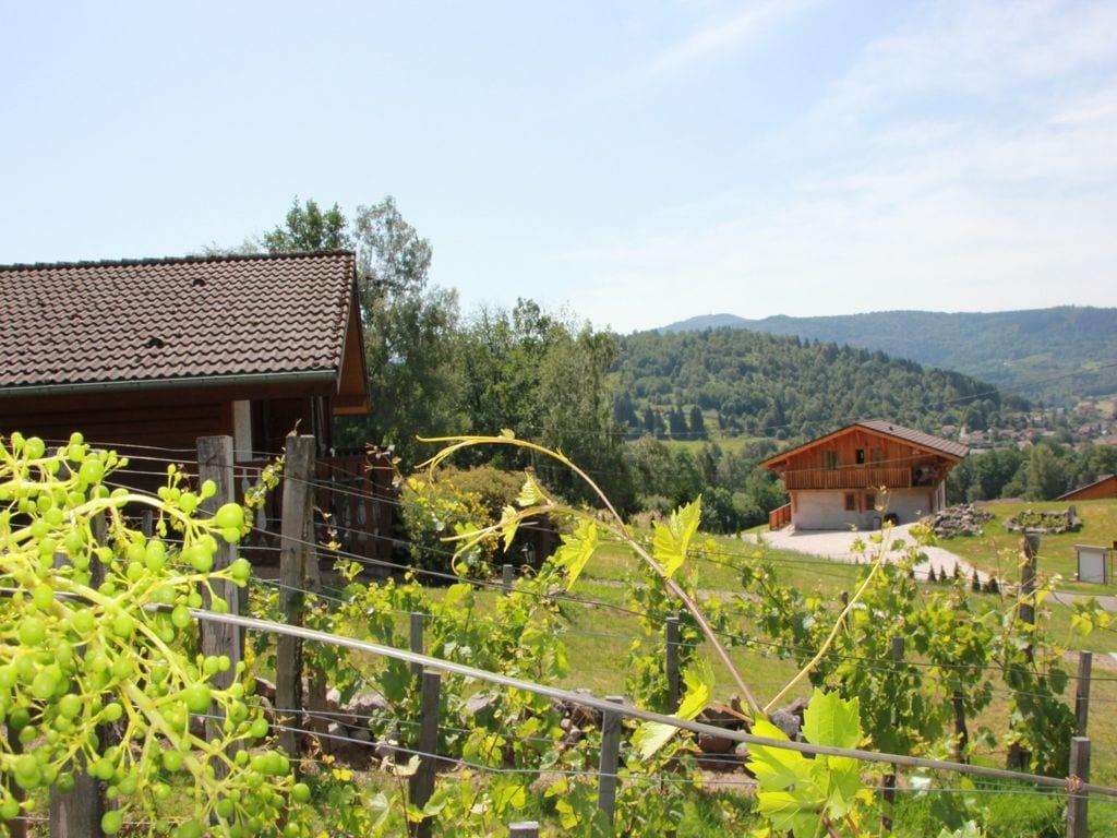 Maison de vacances Les Chalets des Ayes 11 (59130), Le Thillot, Vosges, Lorraine, France, image 2